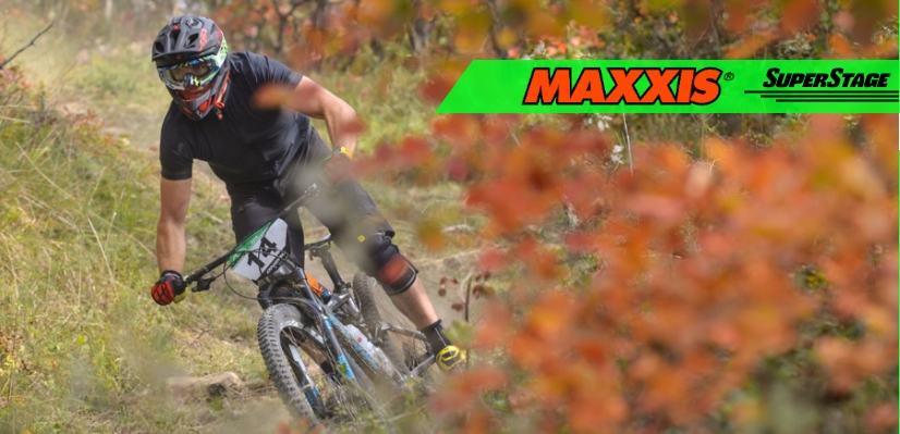 Maxxis SuperStage